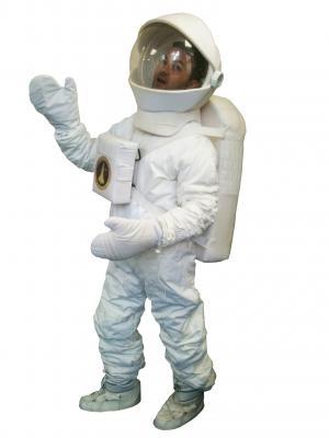 c401-eco-spacesuit